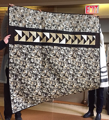 Les's quilt - back - 'migrating geese'